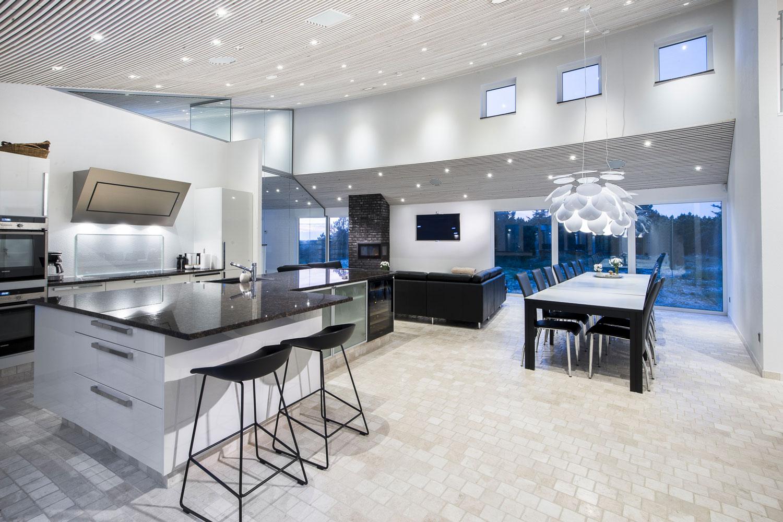 luksus sommerhus i danmark bl vand m wellness basseng. Black Bedroom Furniture Sets. Home Design Ideas